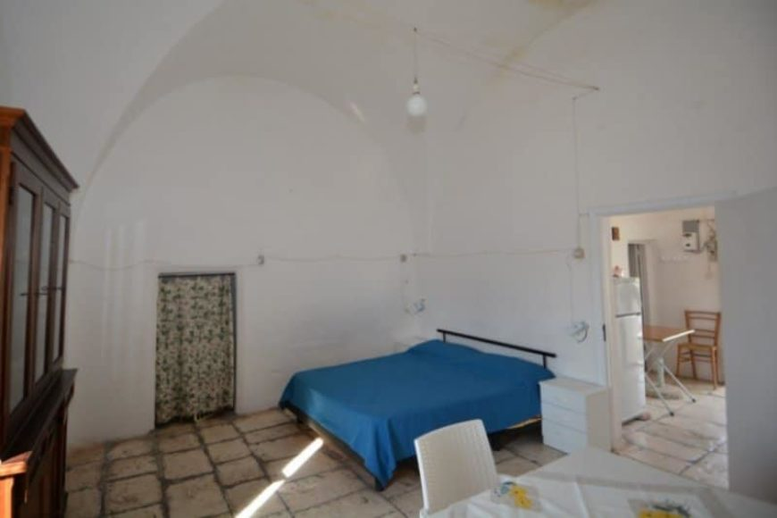 Vendita Trulli abitabili – Contrada Lamacesare, Cisternino (Brindisi)