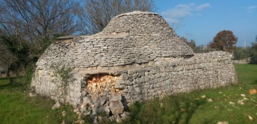 Vendita Trulli e lamie rustici – Contrada Difesa – Zona Sisto, Cisternino (Brindisi)