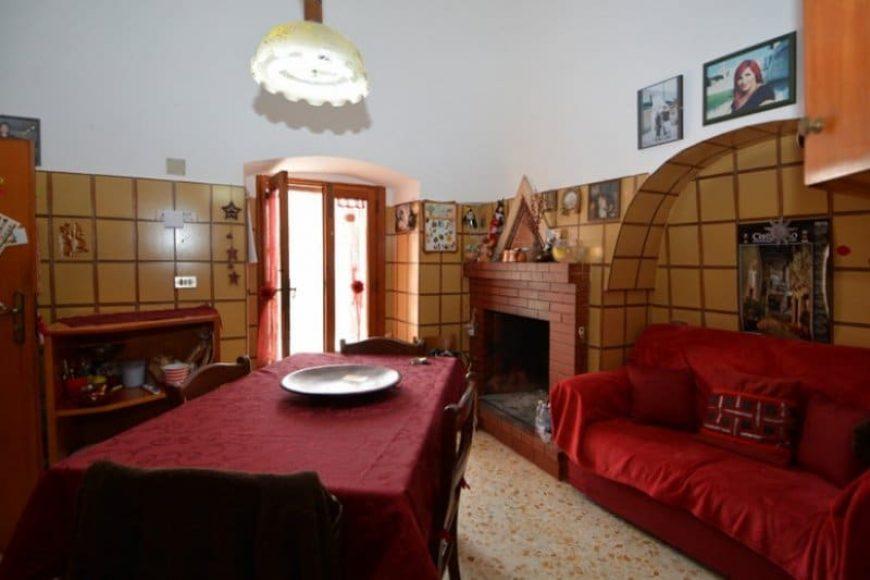 Vendita Trulli abitabili – Localita' Caranna, Valle D'Itria – Alto Salento, Cisternino (Brindisi)