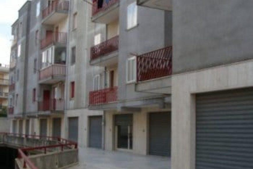 Vendita Locale – Via Piave, Valle D'Itria – Alto Salento, Cisternino (Brindisi)