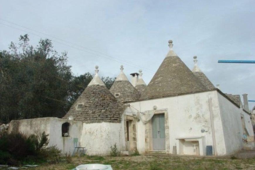 Vendita Trulli abitabili – Contrada Fogliarella , Valle D'Itria, Alto Salento, Ostuni (Brindisi)