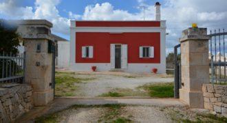 Vendita casolari e lamie – Via Delle Cave, Cisternino (Brindisi)