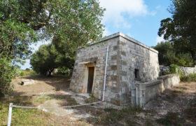 Vendita Trulli e lamie rustici – Contrada Tesoro, Cisternino (Brindisi)