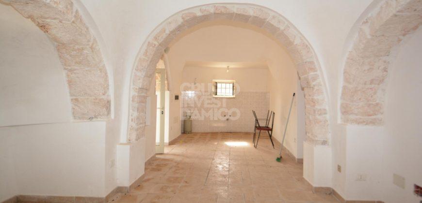 Vendita trulli abitabili – Via Ostuni, Martina Franca (Taranto)