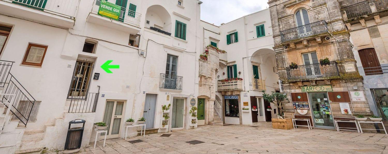 Vendita centro storico – Piazza Vittorio Emanuele, Cisternino (Brindisi)
