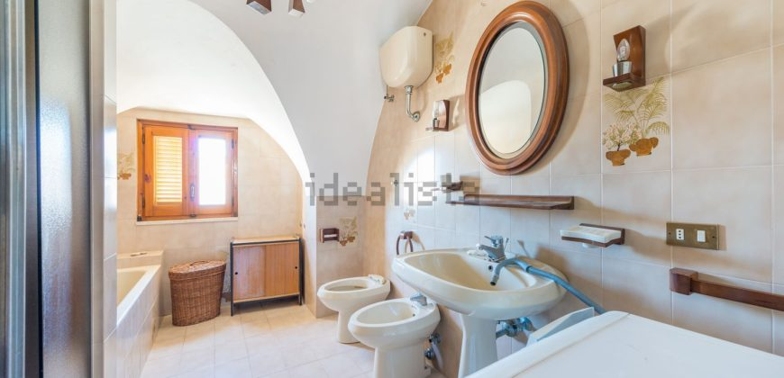 Vendita Centro storico 2 piano – Corso Umberto I, Cisternino (Brindisi)