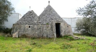 Vendita trulli e lamie rustici – Contrada Restano, Cisternino (Brindisi)