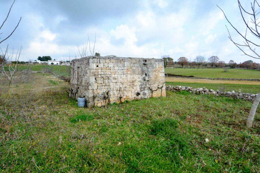Vendita trulli e lamie rustici – Contrada Specchiaruzzo, Ostuni (Brindisi)