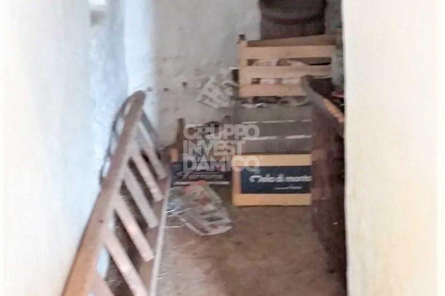 Vendita trulli e lamie rustici – Contrada Monte Pelusiello, Martina Franca (Taranto)