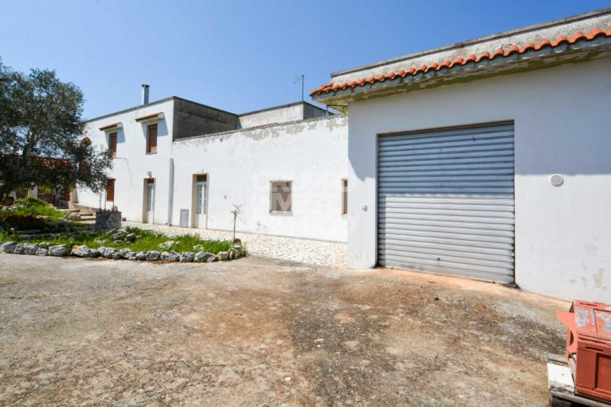 Vendita villa – Contrada Chiobbica, Cisternino (Brindisi)