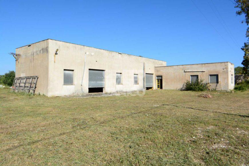 Vendita locale – Contrada Castelluccio, Ceglie Messapica (Brindisi)