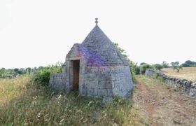 Vendita trulli e lamie rustici – Contrada Carperi, Cisternino (Brindisi)