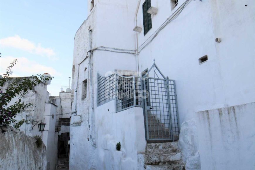Vendita centro storico – Via Pergola, Ostuni (Brindisi)