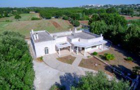 Vendita villa di prestigio – Contrada Carperi, Cisternino (Brindisi)