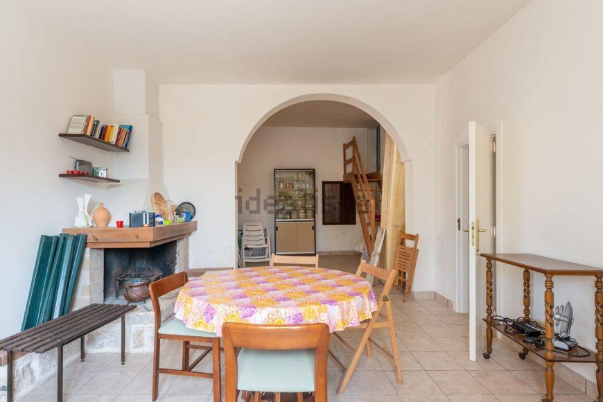 Vendita trulli abitabili – Contrada Minetta, Cisternino (Brindisi)