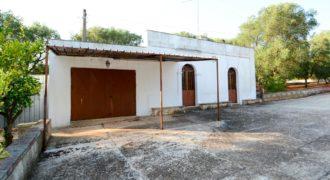 Vendita trulli e lamie rustici – Contrada Donna Lucrezia, Ceglie Messapica (Brindisi)