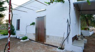 Vendita casolari e lamie – Contrada Amato, Ceglie Messapica (Brindisi)