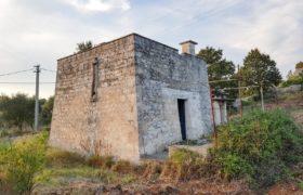 Vendita trulli e lamie rustici/terreno – C.da Calongo/Fasola, Cisternino (Brindisi)