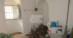 Vendita trulli e lamie rustici – Contrada Camastra, Ostuni (Brindisi)