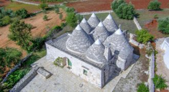Habitable trulli for sale – Contrada Figazzano, Cisternino (Brindisi)