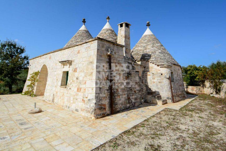 Habitable trulli for sale – Contrada Figazzano, Cisternino (Brindisi)
