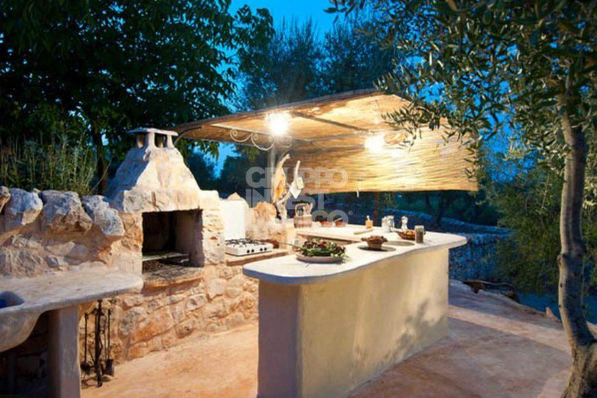 Vendita trulli e lamie – Contrada Fogliarella, Ostuni (Brindisi)