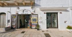 Vendita attività commerciale – Piazza Pellegrino Rossi, Cisternino (Brindisi)