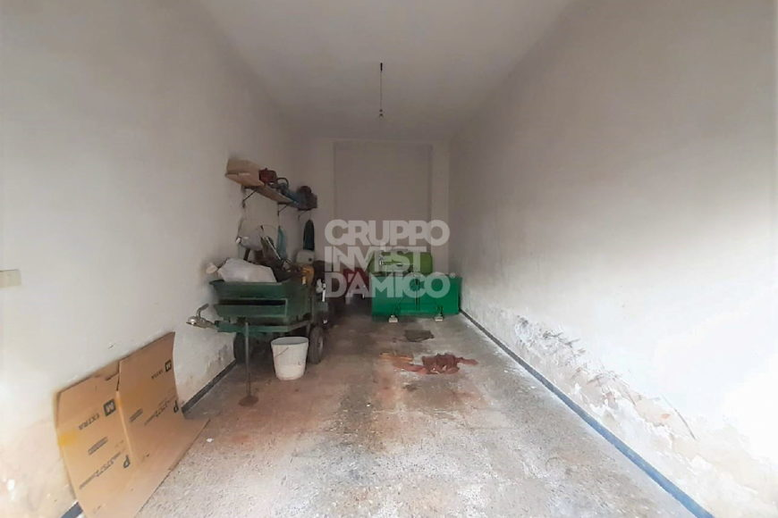 Vendita garage/box auto – Via Capuana, Ceglie Messapica (Brindisi)