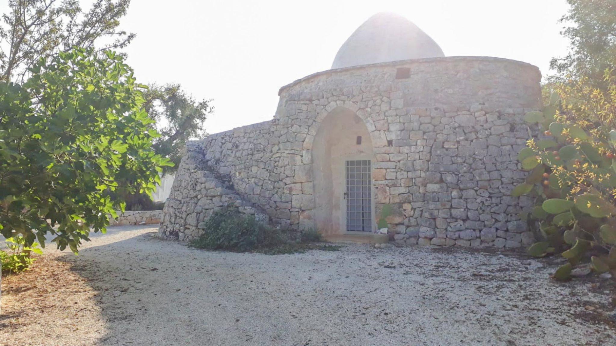 Vendita trulli abitabili – Contrada Lamatroccola, Ostuni (Brindisi)