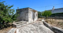 Vendita trulli e lamie rustici – Contrada Pico, Cisternino (Brindisi)