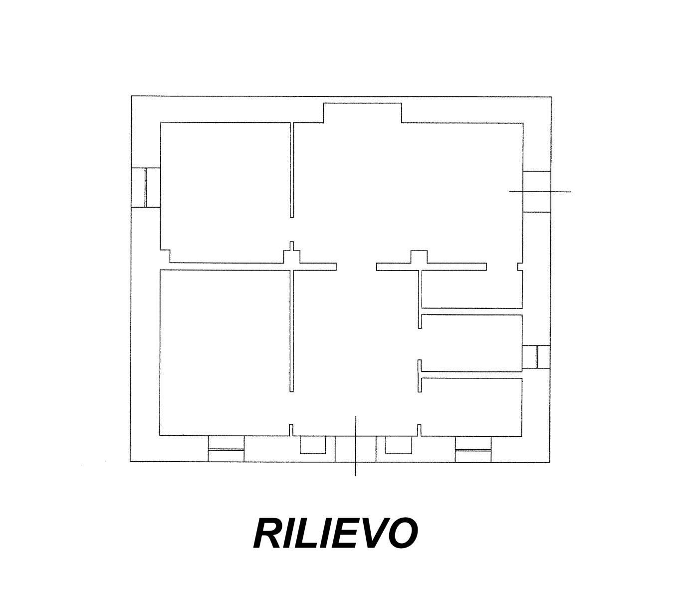 Vendita casolari e lamie – Contrada Chiobbica, Ostuni (Brindisi)