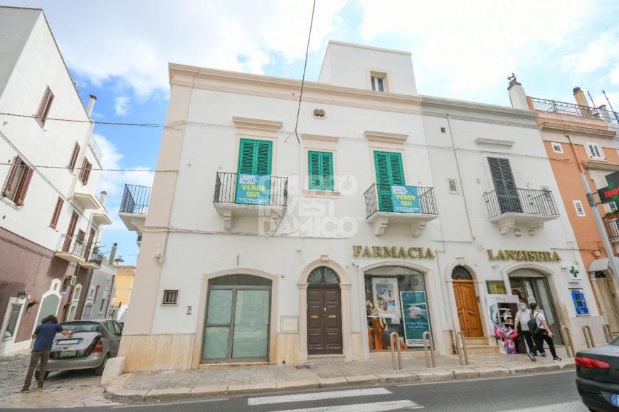 Vendita palazzotto signorile – Via Roma, Fasano (Brindisi)