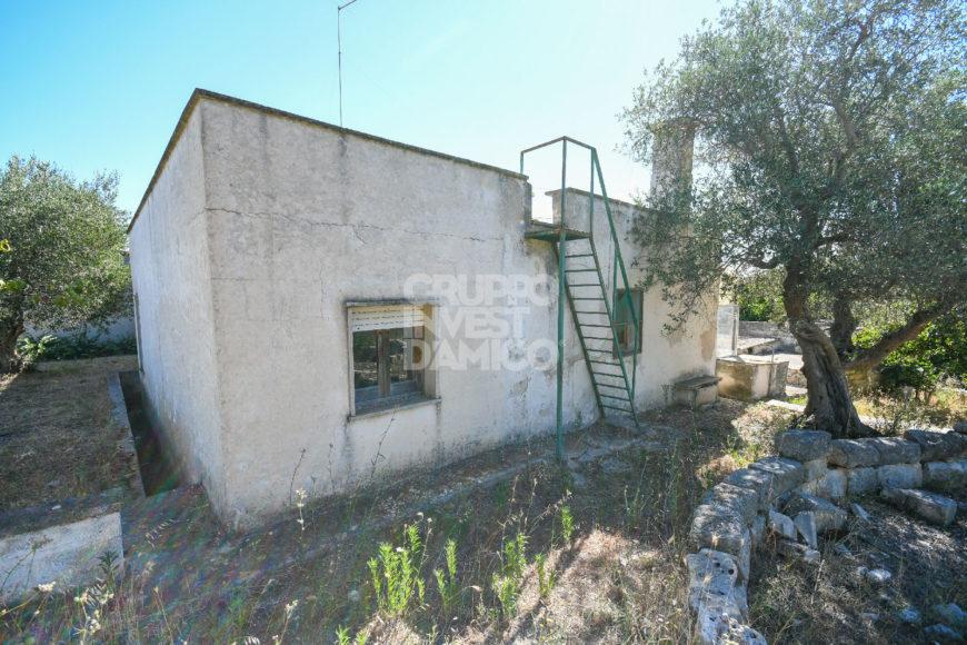 Vendita Casolari e lamie – Contrada Tanzarella, Cisternino (Brindisi)