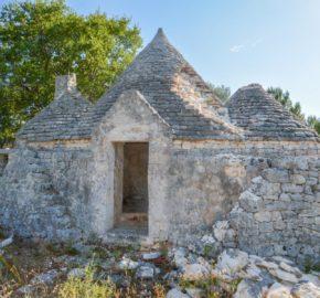 Vendita trulli rustici – Contrada Cavallerizza, Ostuni (Brindisi)
