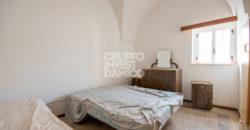 Vendita casolari e lamie – Contrada Chiobbica, Cisternino (Brindisi)