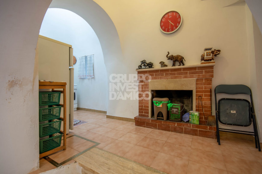 Vendita trulli abitabili – Contrada Cozze, Cisternino (Brindisi)
