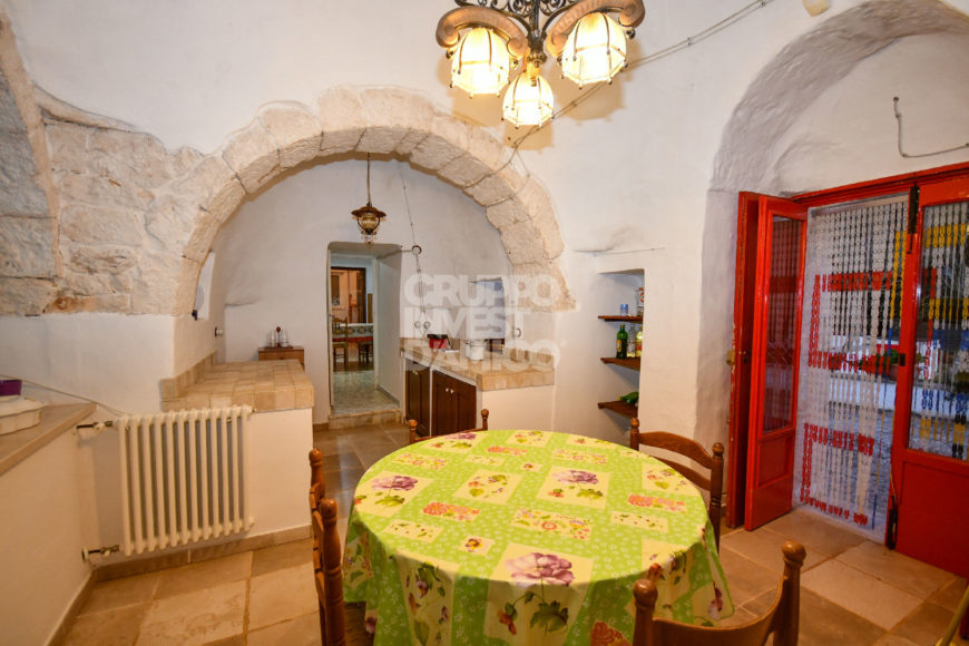 Vendita Trulli abitabili – Contrada Caselle del Vento (Via Villa Castelli), Martina Franca (Taranto)