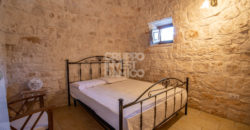 Vendita trulli abitabili – Contrada Serafina, Locorotondo (Bari)