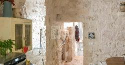 Vendita trulli e lamie – Contrada Cervarolo, Ostuni (Brindisi)