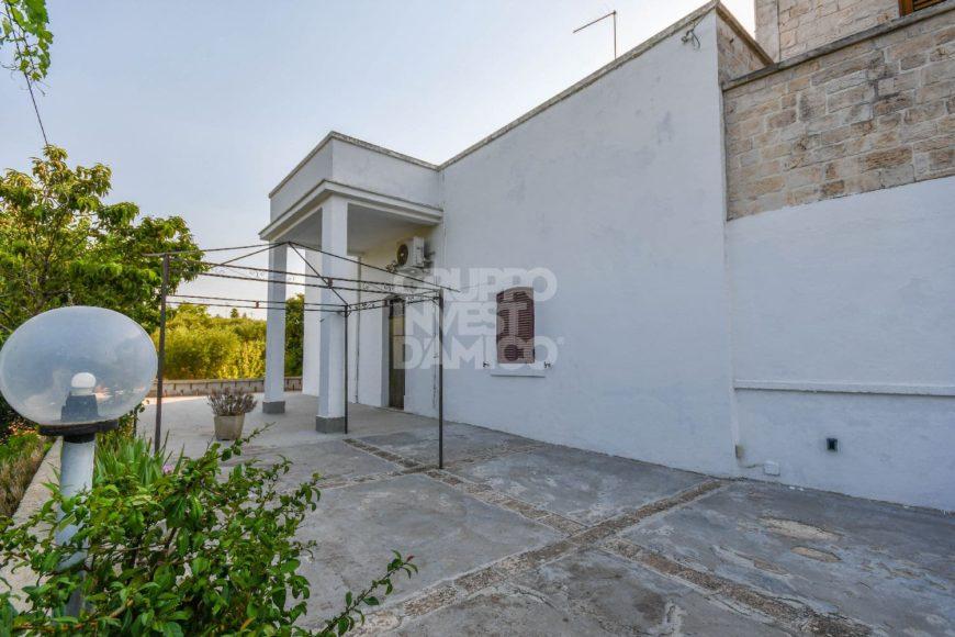 Vendita casolari e lamie – Contrada Mancinella, Locorotondo (Bari)