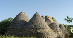 Vendita Trulli e lamie rustici – Contrada Settarte, Valle D'Itria – Alto Salento, Ostuni (Brindisi)