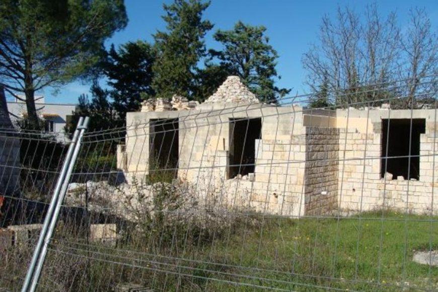 Vendita Trulli e lamie rustici – Contrada San Donato, Cisternino (Brindisi)