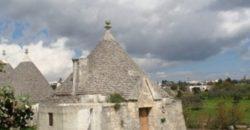 Vendita Trulli e lamie rustici – Contrada Barbagiulo, Cisternino (Brindisi)