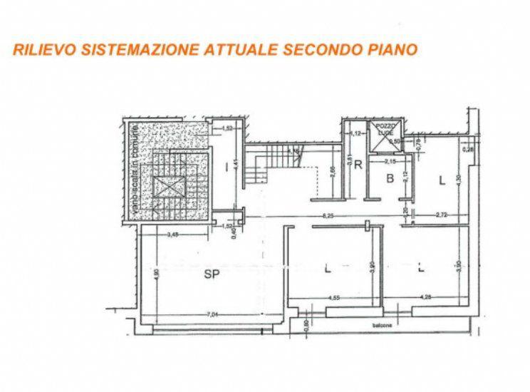 Vendita appartamento – Via Roma, Cisternino (Brindisi)