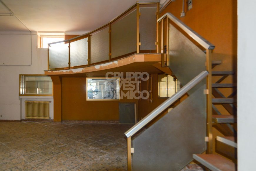 Vendita locale commerciale – Viale Aldo Moro, Ceglie Messapica (Brindisi)